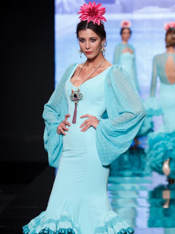 Traje de flamenca 2018 c mo elegir el look perfecto para - Telas de flamenca online ...