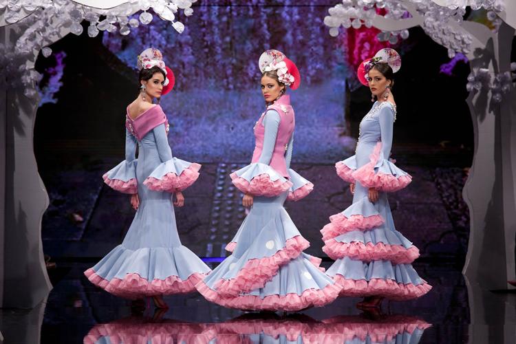 Sakura Patricia Bazarot desfile Simof